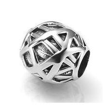 Deze zilveren bedel past op alle gangbare bedelarmbanden. Edelmetaal: echt zilver, 925 (1e gehalte), nikkelvrij.